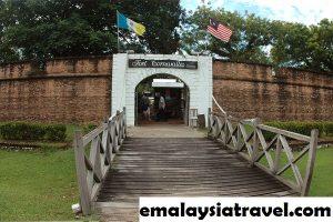 Sejarah Kota Tua Fort Cornwallis